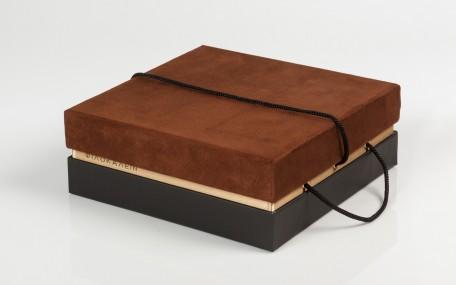 brown - sculpturing wood